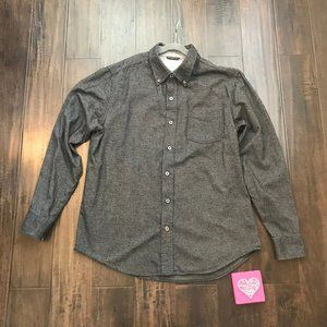 *3/$18*Weatherproof Vintage Long Sleeve Button-Up